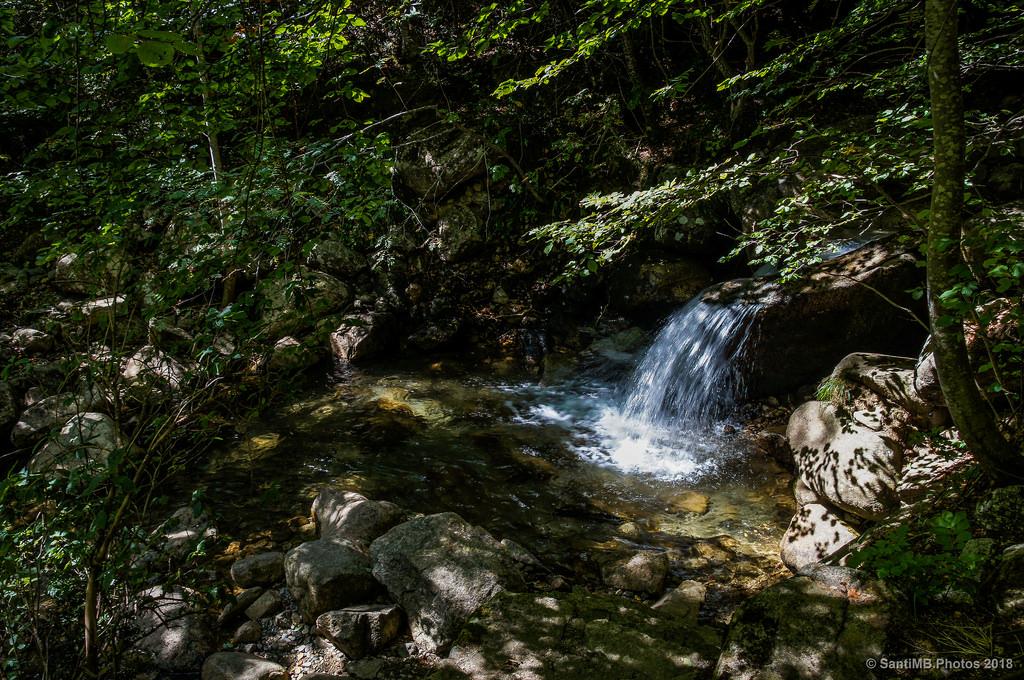 El montseny nevado el parque invernal de barcelona for Piscinas naturales montseny